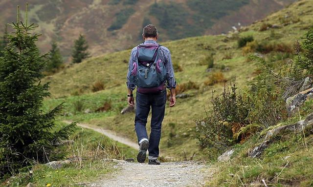 Caminando por nuestra dura vía de emprendedores, pero aspirando a un final que nos llena.